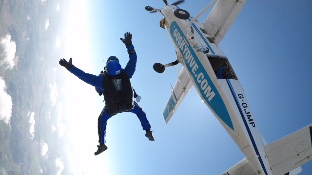 Lesley with her instructor, Gary, in free fall.